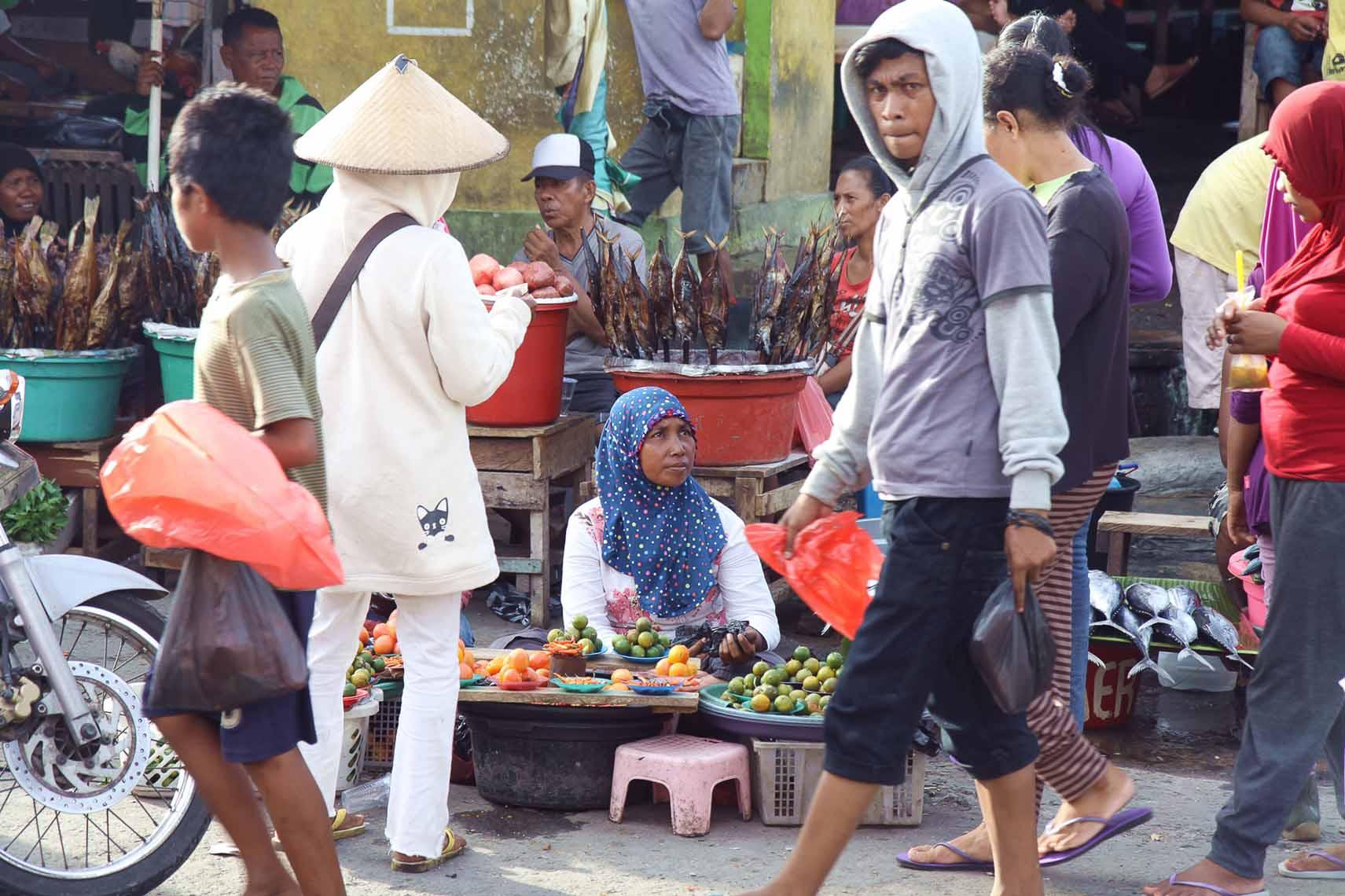 auf dem markt in ambon (2)