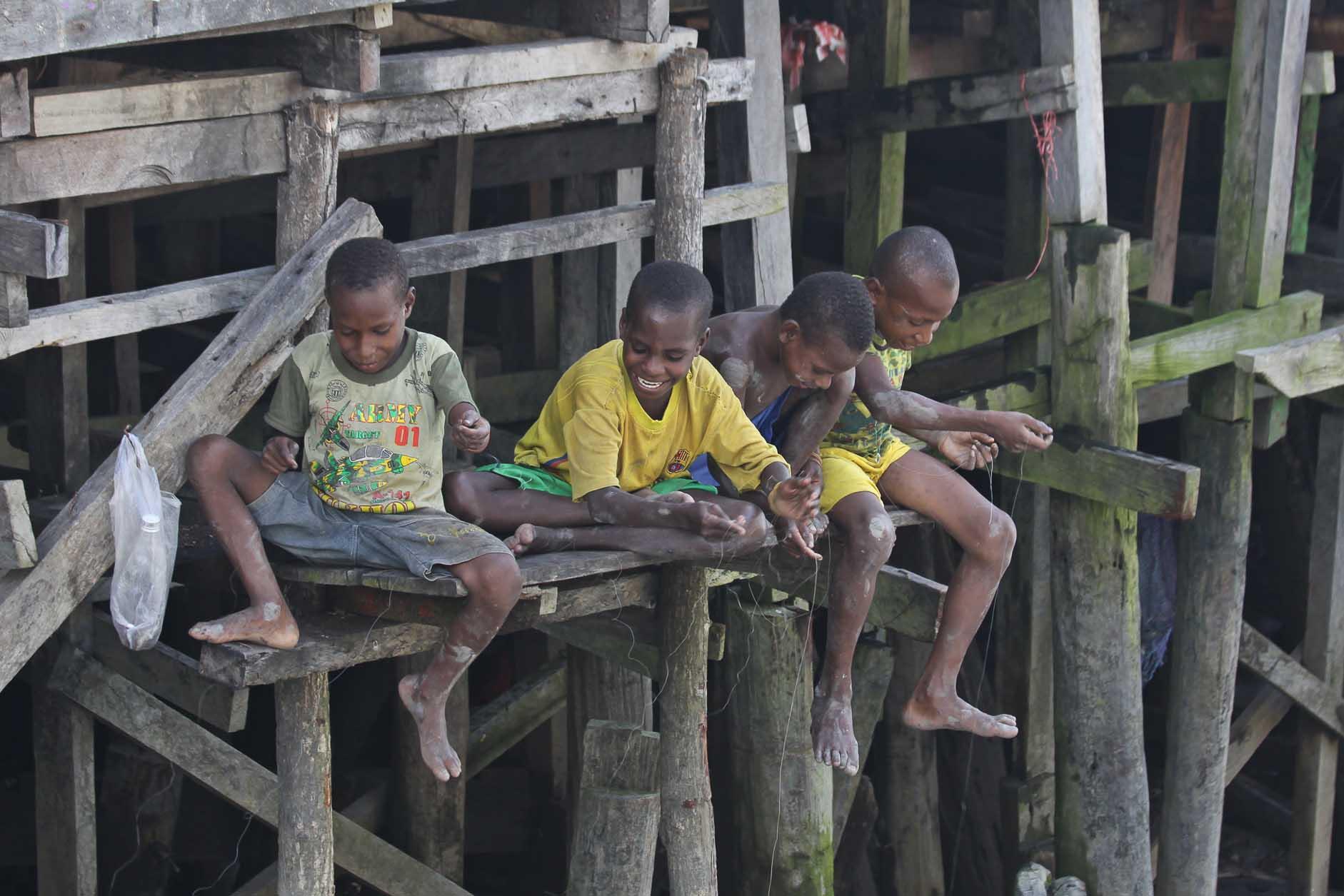 kids beim angeln