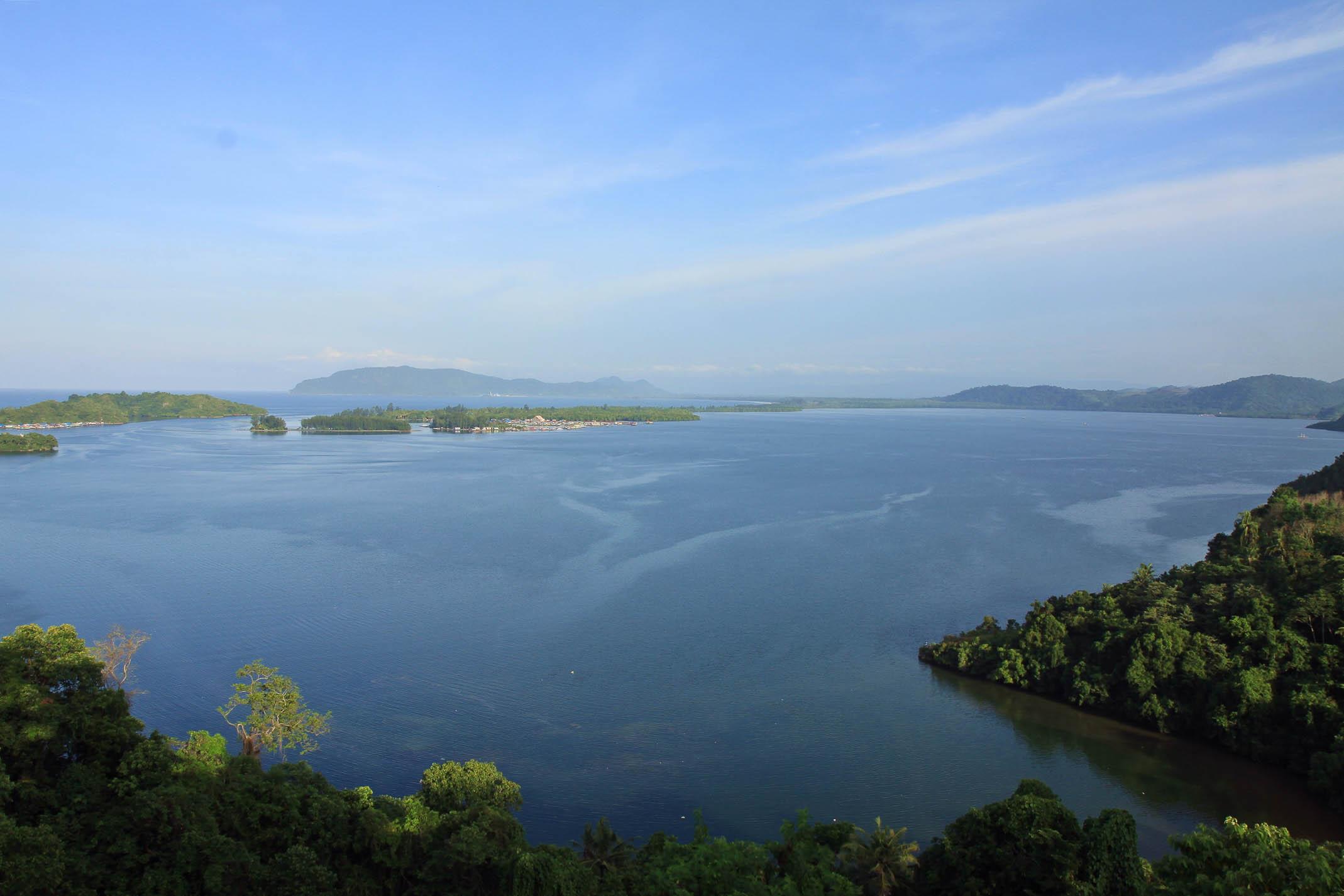 Küste nahe Jayapura (2)