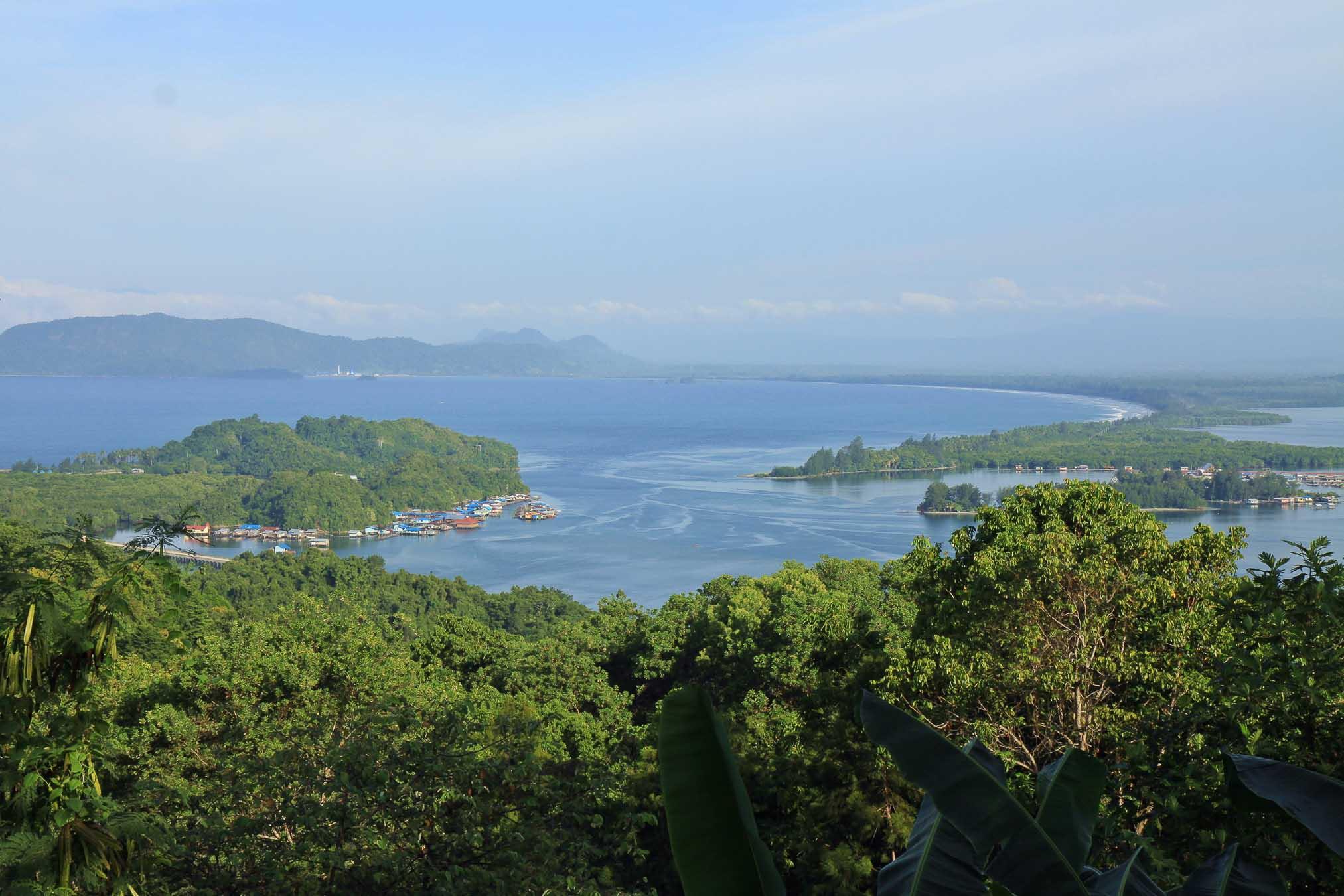 Küste nahe Jayapura