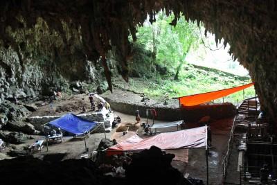 Höhle des Homo floresiensis