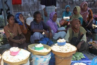 Marktfrauen in Wairiang